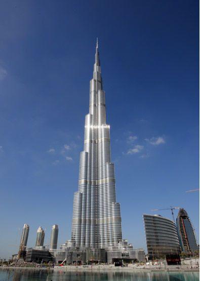 迪拜塔:电梯运行长度世界第一